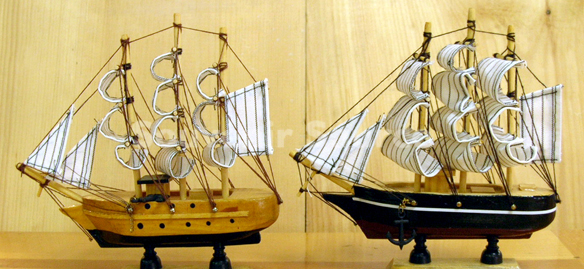 Gifts and Novelties - Wood Ship models